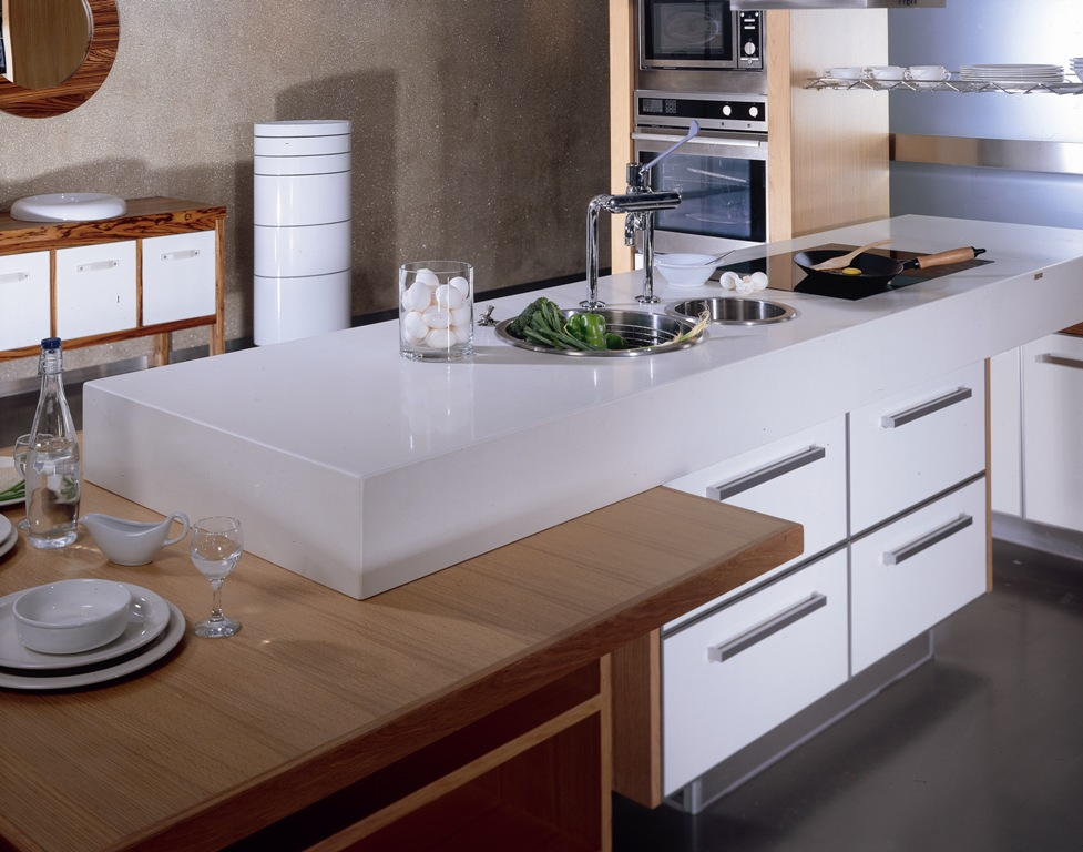 2141_KITCHEN_01.jpg